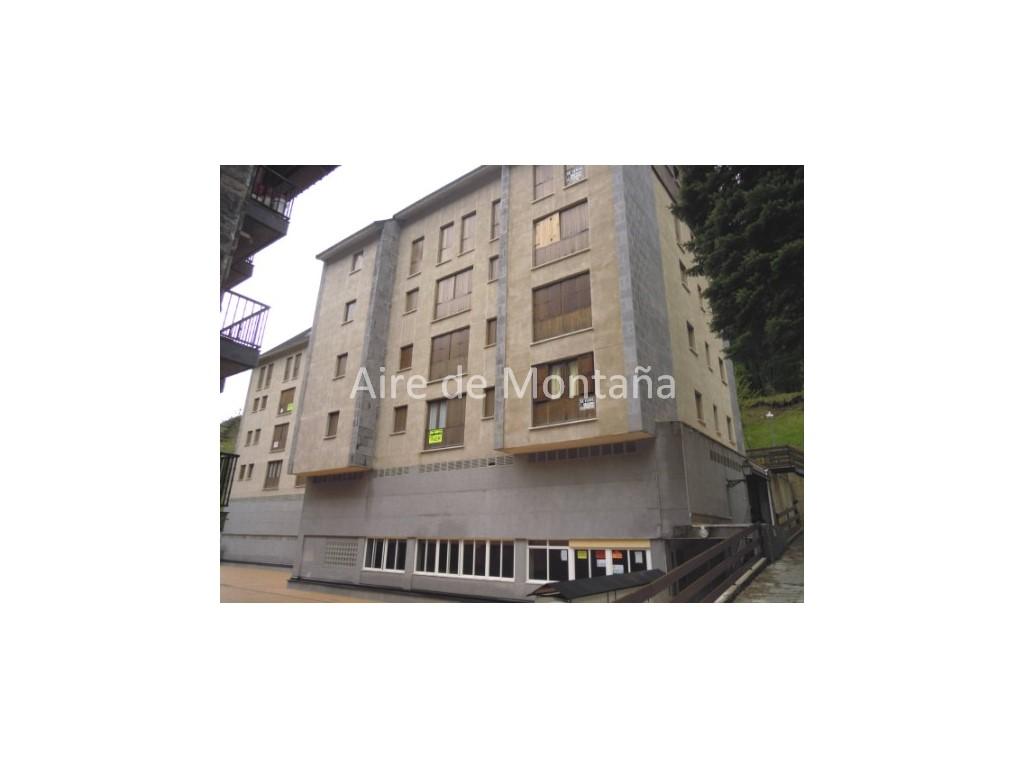 Apartamento con encanto en canfranc estaci n aire de - Apartamentos de montana ...