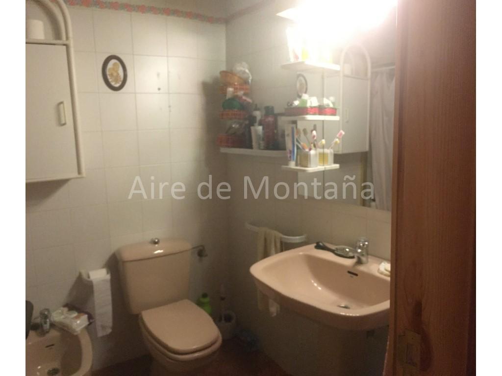 ... adosado en venta en Avda. Juan XXIII de JACA. - Aire de Montau00f1a