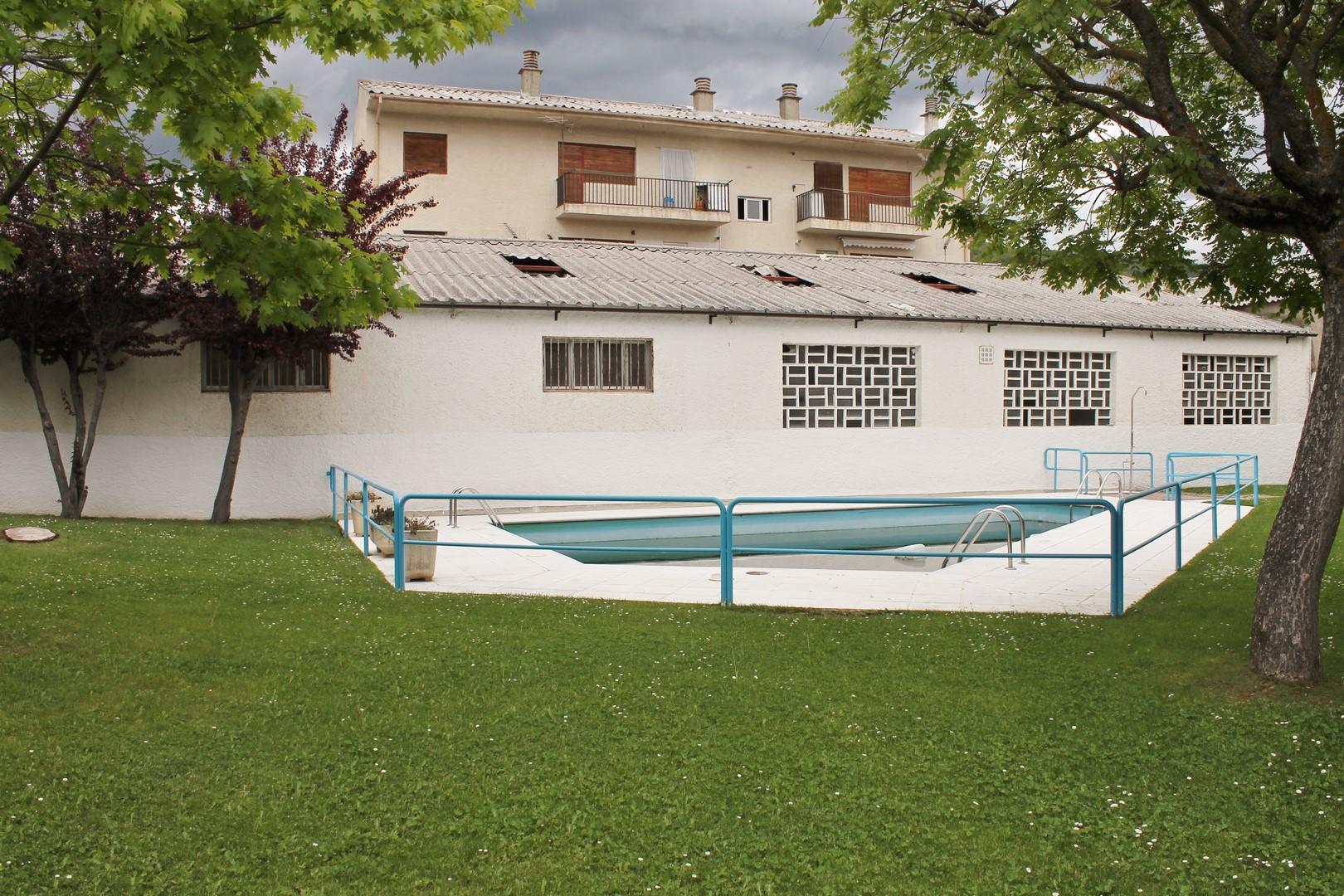piso con piscina en jaca aire de monta a